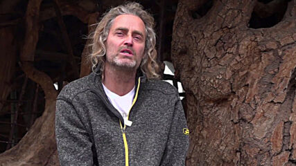 Germany: Handbuilt 'Hobbit house' faces demolition as artist and local council clash