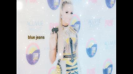 #happy b-day Lovato.