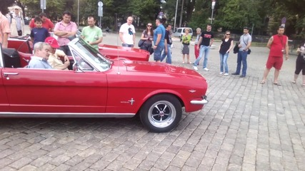 V8-ци Ford Mustang