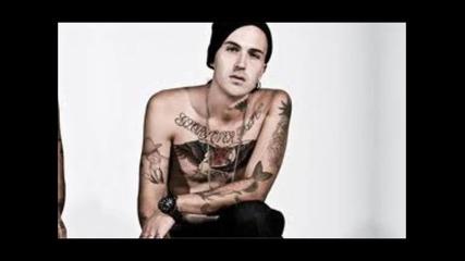 Yelawolf Feat. Eminem & Gangsta Boo - Throw It Up