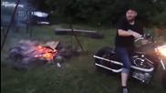 Как да се запали огън с Харли :)