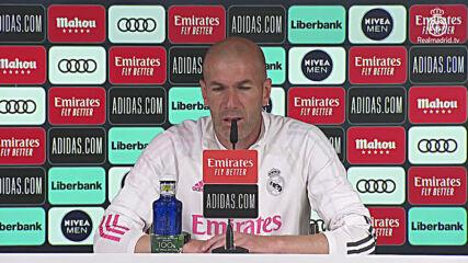 Spain: Real Madrid coach Zidane avoids questions over 'Super League'