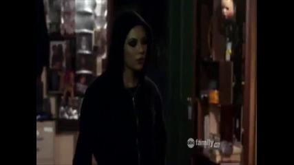 Разкриването на Мона като част от екип ''а'' Pretty Little Liars