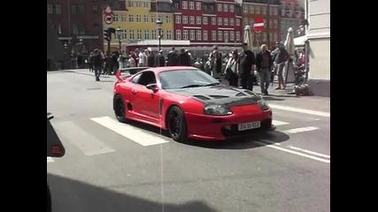 Toyota Supra плаши жителите на Ню Йорк