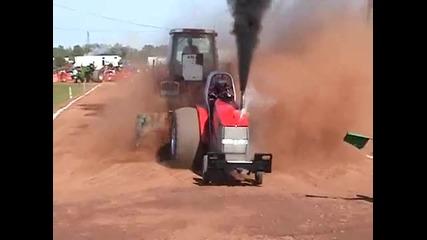 Трактор прави адско шоу