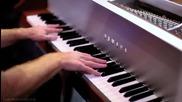 Пет талантливи момчета свирят на едно пиано !