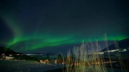 Красотата на Северното сияние (aurora Borealis)