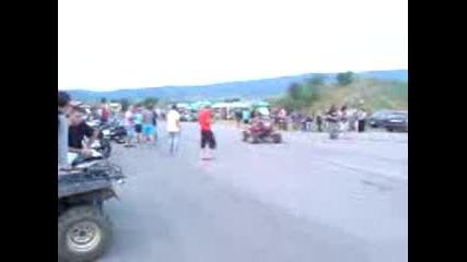 Пич издивява при отрикаването на мото-събор с.краиници 22.06.2012
