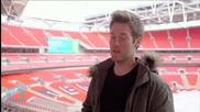 VIDEO: Free-runner Climbs Wembley Arch