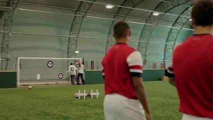 Домакинският екип на Арсенал за сезон (2012-2013) - Тренировка с мишени (full hd)