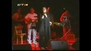 Haris Alexiou - Ti Glyko Na S Agapoun Live