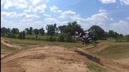 Тръпката от високата скорост и любовта към този спорт!motocross