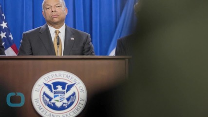 Homeland Security Chief Reassigns Top TSA Official