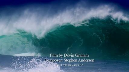 Сърфът изглежда още по-красив в забавен кадър