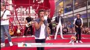 One Direction изпълняват летния си сингъл Best Song Ever - Today Show