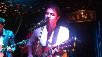 Kris Allen - Shut That Door (live at the Mint 2012)