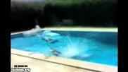 Идиотски скок в басейн