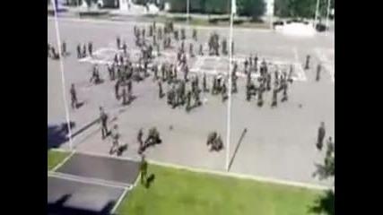 Огромен масов бой в руска казарма
