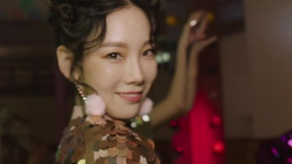 Girls' Generation ( Snsd ) - Holiday Night Teaser Clip # Taeyeon