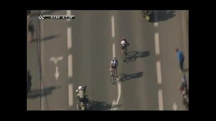 Трета победа за Канчелара в пробега Париж - Рубе