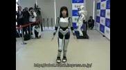Поредното изобретение на японците:робот,  който изразява чувства.
