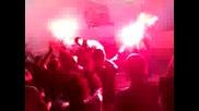 Избухване след втория гол за Черноморец
