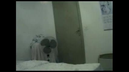 Крадец в стаята