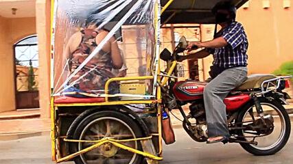 Mexican teachers turn mototaxi tuk-tuk into mobile school