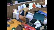 Big Brother Италия секси маце с големи гърди най доброто от пищната Кристина