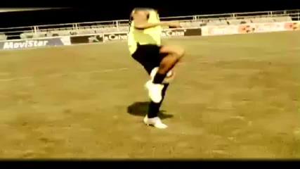 Cristiano Ronaldo vs Ronaldinho - Freestyle Battle Hd