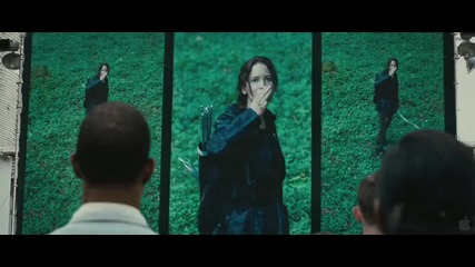 The Hunger Games ( Official Trailer ! )