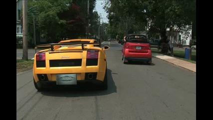Smart Срещу Lamborghini Смях