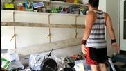 Как да разрушиш гаража ?