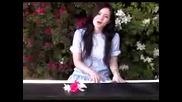 Момиче Пее Повече От Перфектно