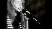 11 Годишната Christina Пее