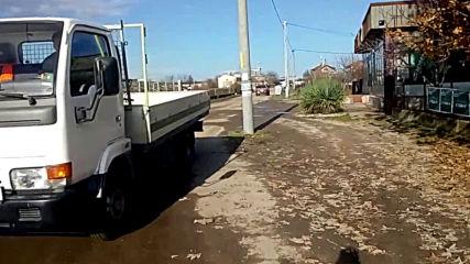 Стълб в средата на улица в село Малево, Хасковско