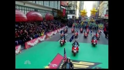 Отбелязаха Деня на благодарността в Ню Йорк с традиционен парад на балоните