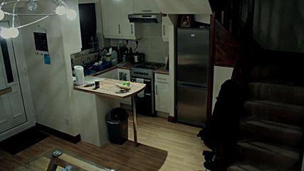 Домашна камера заснема паранормални неща в английско семейство.