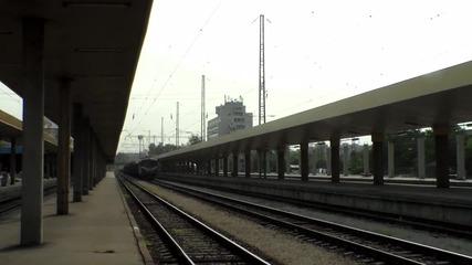 06 018 с товарен влак