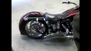 Як звук на мотор Harley Davidson