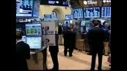 Поскъпването на долара вдигна цената на петрола