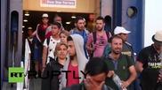 Greece: 2,000 migrants & refugees arrive in Piraeus