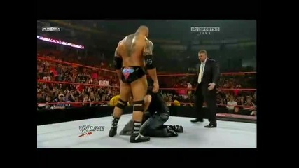[ W W E ] Raw 02.01.2010 Batista пребива Bret Hart
