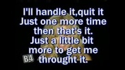 Kelly Clarkson - Addicted (lyrics)