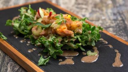 Вкусът на Истрия с Давид Скоко | Салата със скариди горчица и градинска жлъчка лук и целина