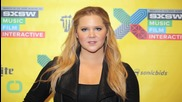 "Amy Schumer Tweets Then Deletes Photo of Her Entertainment Weekly Cover ""Without Airbrushing"""