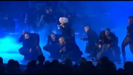 Christina Aguilera - Not Myself Tonight На живо!