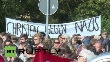 Germany: 'Neo-Nazis' force Ruptly producer to flee anti-refugee demo in Saxony