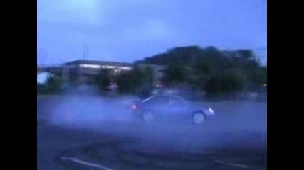 Яко въртене с Subaru Impreza Wrx Sti и го арестуваха полицаите.