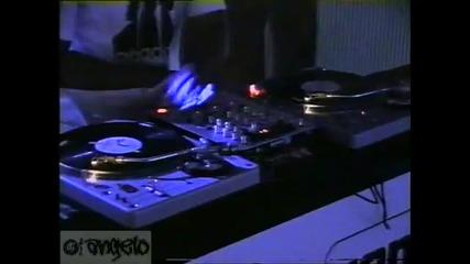 Justin Timberlake Beat Juggle by Dj Angelo @ Plasa Uk 2003
